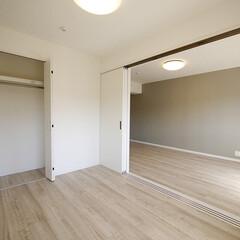 クローゼット/洋室 個室はそれぞれの部屋にクローゼットを設置。
