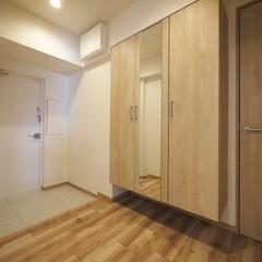 玄関/収納/玄関収納/シューズボックス 玄関近くの廊下に大容量収納を設置。