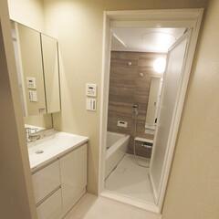 水回り/洗面室/浴室・風呂 スッキリと落ち着いたカラーの水回りに。