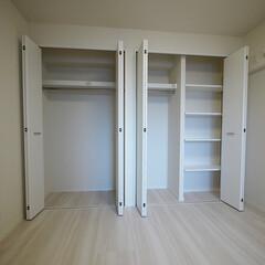 クローゼット/可動棚/収納/洋室 クローゼットと可動棚で大容量収納になった…(1枚目)