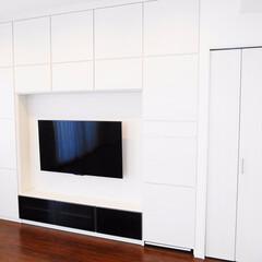 キュビオス/壁面収納/クローゼット リビングに壁面収納とクローゼットを設置し…