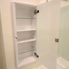 ニッチ収納/洗面室/洗面収納 ガラス板のニッチ収納。