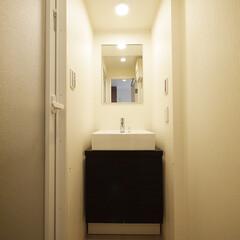 洗面台/ダークカラー/シック ダークカラーを使用したシックな洗面台。