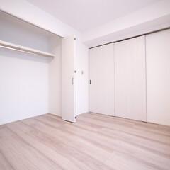 元和室/引き戸の洋室/押入をクローゼットに 元和室を引き戸の洋室に一新。押入は大きな…