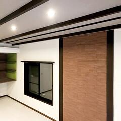 元和室/リビング/レンガ調/飾り柱/バーカウンター/エコカラット 元和室をリビングに拡張。レンガ調の飾り柱…