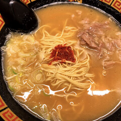サリーちゃんは今日も飲む/豚骨不使用/一蘭/ラーメン/春のフォト投稿キャンペーン/ありがとう平成/... 一蘭のラーメン🍜  久しぶりにスープのあ…