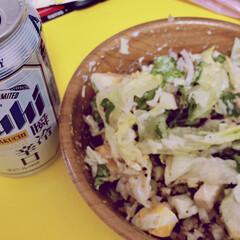 サラダ/松の実/穀物/健康/ビール/フォロー大歓迎/... 晩酌🥴🍺 でもおつまみはサラダにしてなん…