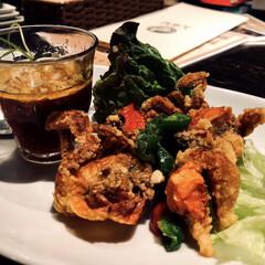 サリーちゃんは今日も飲む/アジア料理/ソフトシェルクラブ/カニ/LIMIAごはんクラブ/LIMIAおでかけ部/... 今日は中目黒のアジア料理屋さんにきました…