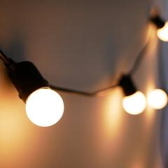 LED/ガーランドライト/ストリングライト/間接照明/照明/ライト/... ストリングライトのある生活  普通の照明…