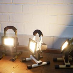 ライト/間接照明/照明/ランタン/インダストリアル/インダストリアルインテリア/... ロボットみたいな頼れるLEDライト . …(1枚目)