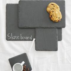 食卓/キッチン雑貨/キッチングッズ/天然素材/スレートプレート/liam/... 天然素材を食卓に取り入れる  薄い板状の…