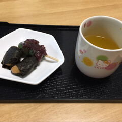 お茶/おやつ/磯辺餅/草団子 RIEBEさんのおやつを見て食べたくなり…(2枚目)