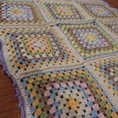ひざ掛け/かぎ針編み/編み物/手芸 去年作ったかぎ針編みの膝掛け。寒くなって…