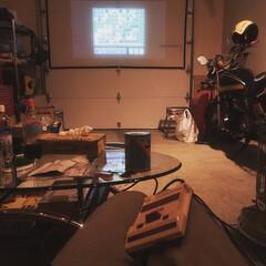 ホームシアター/インテリア/雑貨/DIY/家具/住まい/... ゲームできるようにしました。 ファミコン…
