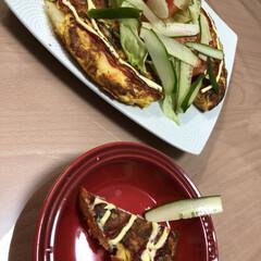 チーズタップリ/卵料理/フード/おうちごはん スペインオムレツ サラダ  ボリュームの…