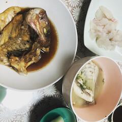 晩ごはん/煮付け/鯛/魚料理/刺身/あら汁 前日、主人が釣って来た鯛を調理しました♪…(3枚目)