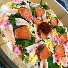 ひな祭り/誕生日 我が家のちらし寿司  好きな物ばかり入れ…(1枚目)
