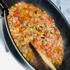 ドライカレー/野菜たっぷり/具だくさん/夕食/目玉焼き 夕食は、ドライカレー🍛