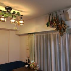 鳩時計/ドライフラワー/住まい 生花と造花の組み合わせ。(1枚目)