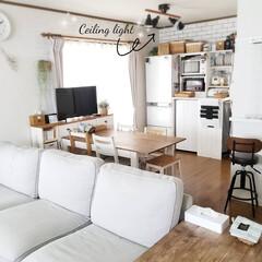 カフェ風インテリア/カフェ風/インスタやってます/映ってる家具ほぼDIY/DIY女子/IKEAソファ/...