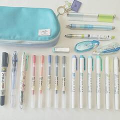 ゼブラ 蛍光ペン マイルドライナー 10色 WKT7-10C | ゼブラ(蛍光ペン)を使ったクチコミ「MY筆箱。(*´・ω・`)」