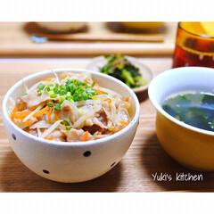 コスパ抜群/丼もの/丼メニュー/丼物/丼/Dinner/... * 本日のお夕食 𐂐.·˖* * ❋ 豚…
