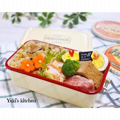 お弁当箱 1段 麺 丼 ミコノス タイトランチ1段 | mykonos(弁当箱)を使ったクチコミ「・ 今日のおべん𐂐.·˖* ・ 味ごはん…」