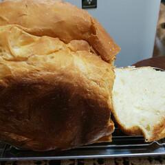 ホームベーカリー 連投ごめんなさい🙏 焼きたてのパンを見つ…