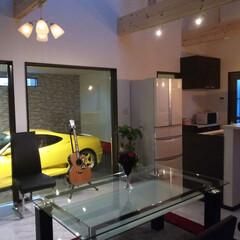 インテリア/ニトリ/住まい/建築/ガレージハウス/フェラーリF360モデナ 愛車を眺めてお酒を飲む事を目的とした部屋…