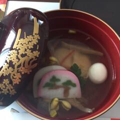 丸餅/出汁/雑煮/お正月2020 南九州に在住です。椎茸出汁に丸餅、おやし…