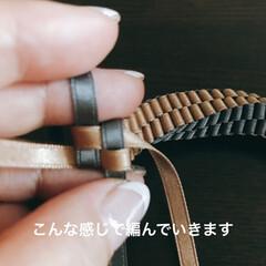 カヒリ編み/レイ/リボン/ハンドメイド リボンレイ カヒリ編みの小さな小さなリー…(2枚目)