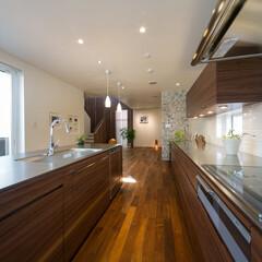 キッチン/造作キッチン/ウオールナット/アイランド/アイランドキッチン/食器棚/... ウォールナットの面材が美しい造作キッチン…