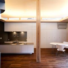 建築/住まい/リビング/おしゃれなリビングフォト投稿キャンペーン/ハウスデポジャパン/ラシエホームデザイン/... 急な来客にも対応できる大胆な壁面収納を配…