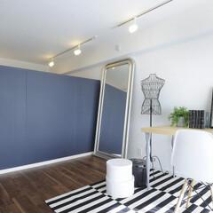 間仕切り/可動式間仕切り/寝室/ベッドルーム 自由に動かせる可動式の間仕切り壁で、好き…
