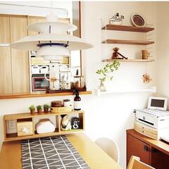 ルイスポールセン PH5ペンダントライト / クラシック・ホワイト(その他キッチン、台所用品)を使ったクチコミ「ある日のダイニング😊 テーブルランナーを…」