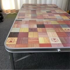 コールマン ナチュラルモザイクリビングテーブル/120プラス キャンプ テーブル Coleman | COLEMAN(アウトドアテーブル)を使ったクチコミ「子供達が室内で集まるときや卓球するときに…」