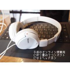 Newpower無線ブルートゥースヘッドホン Bluetoothヘッドホン DJ超優れた立体音声音質と重低音音質 折りたたみ可能 TFカードスロット(その他アイロン)を使ったクチコミ「オンライン授業が増えてイヤホンだと耳に合…」