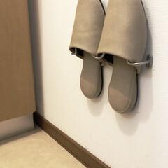フックスリッパ/スリッパ収納/スリッパ/収納/雑貨/快適掃除/... トイレの壁にスリッパをかけて収納していま…