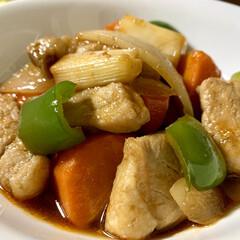 晩ご飯/厚揚げ/酢豚/おうちごはん/簡単/時短レシピ 🍚昨日の晩ご飯🍚  ●トンカツ用の豚ロー…