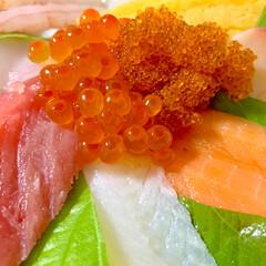晩ご飯/豚汁/海鮮丼/おうちごはん/節約/簡単/... 🍚昨日の晩ご飯🍚  海鮮丼っ😆❣️ スー…(6枚目)