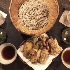 天ぷら蕎麦/夕食/おうちごはん/お野菜/料理/蕎麦/... 今日も暑かったですね、我が家の夕食は天ぷ…