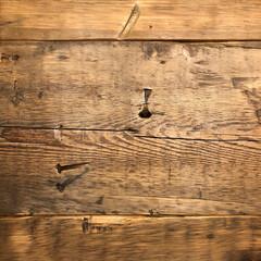 日常のふとしたこと/古き良き物/板/wood/material/素材/... たくさんの色々な時間を過ごして来た証のよ…