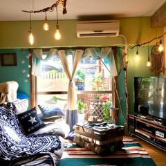 ドリームキャッチャー自作/流木照明/エジソン電球/ニトリのカーテン/黄緑の壁/水色の壁/... やっぱ晴れはいい!!