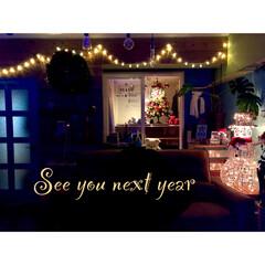 さあ、片付けるぞ/カフェ風インテリア/夜のリビング/スノーマン/イルミネーションライト/防音室/... 来年のクリスマスまで さようなら〜♬
