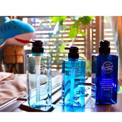 Amazon/夏/ブルー/詰め替えボトル/ディスペンサー/雑貨/... 🏖夏の模様替え🏖  お風呂を夏仕様にする…