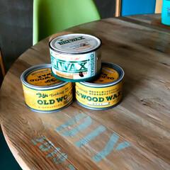 ヘリンボーン/床DIY/カフェ風インテリア/ターコイズブルーの壁/チャーチチェア/ワックス/... 硬い塗膜をガリガリ削って ワックス仕上げ…(3枚目)