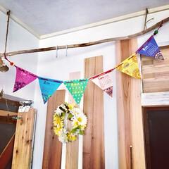 子供部屋/フラワーリース/バイオリンフック/杉板/流木/ガーランド/...  チャイハネの2018年カレンダー  遠…