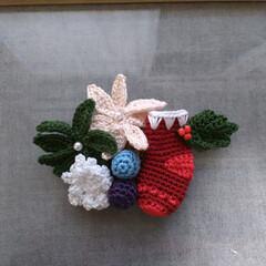 ブローチ/レース糸/クリスマス/ハンドメイド/雑貨/ファッション/... オリムパスのエミーグランデの糸で編み上げ…