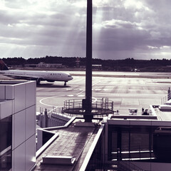 オシャレ/飛行機/旅行/風景/おでかけ 成田空港の展望台✈️ フィルターかけたら…
