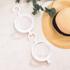 帽子ハンガー ドアハンガー 帽子用ハンガー ハンガー スカーフ サークルハンガー(物干しハンガー、ピンチ)を使ったクチコミ「夏は日差しが強くて帽子が欠かせません…」(1枚目)
